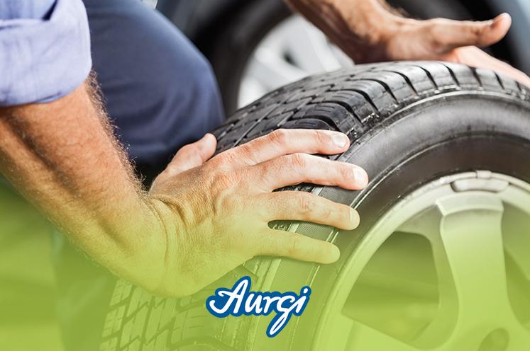 ¿Cómo puedo cambiar mis neumáticos?