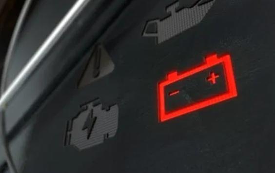 Luz de la batería encendida: Principales causas y cómo actuar